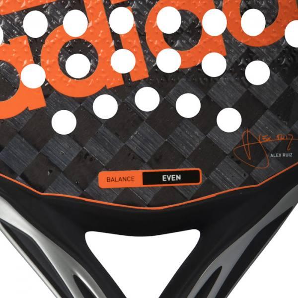 Detalle de la pala Adidas Adipower Control