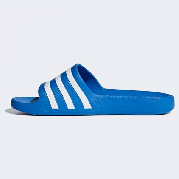 Chanclas Adidas Adilette Aqua Azul Claro y Blanco 2020